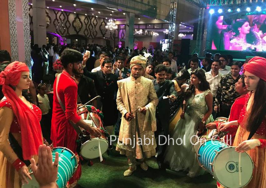 Dhol Player in Delhi   Punjabi Dhol Wala For Weddings in